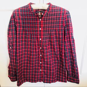4 / $25 Thre3 button down red holiday plaid top